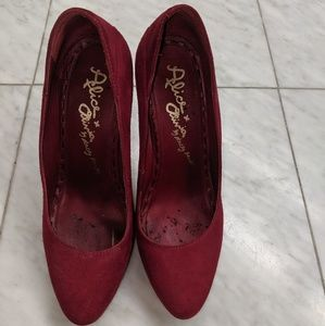 Alice and Olivia 3' heels- Red